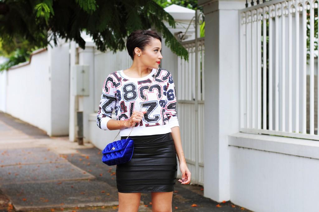 Fashion blogger wear stripe leather skirt 12