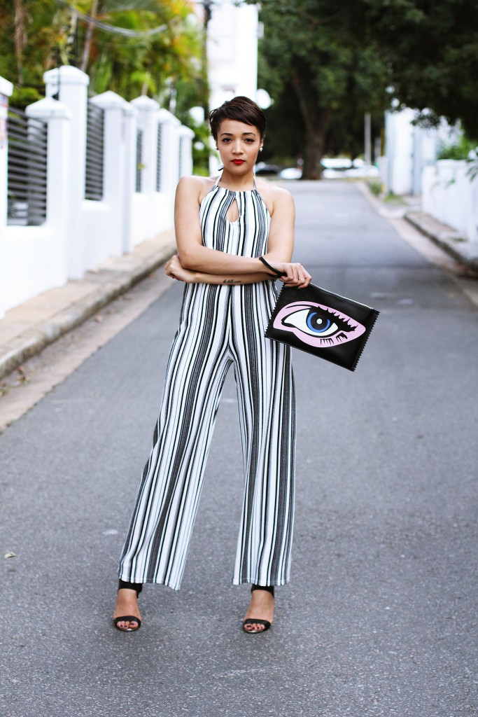 Fashion blogger wears stripe jumpsuit 2