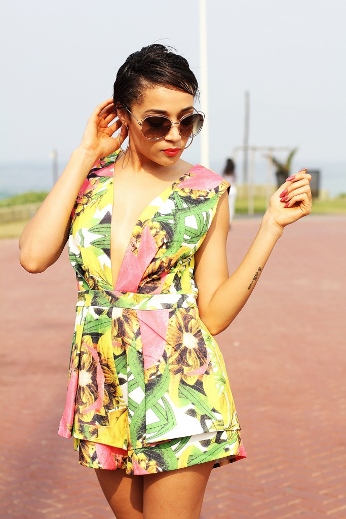 Printed playsuit fashion blogger look 13