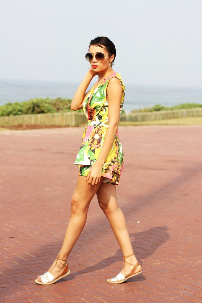 Printed playsuit fashion blogger look 6