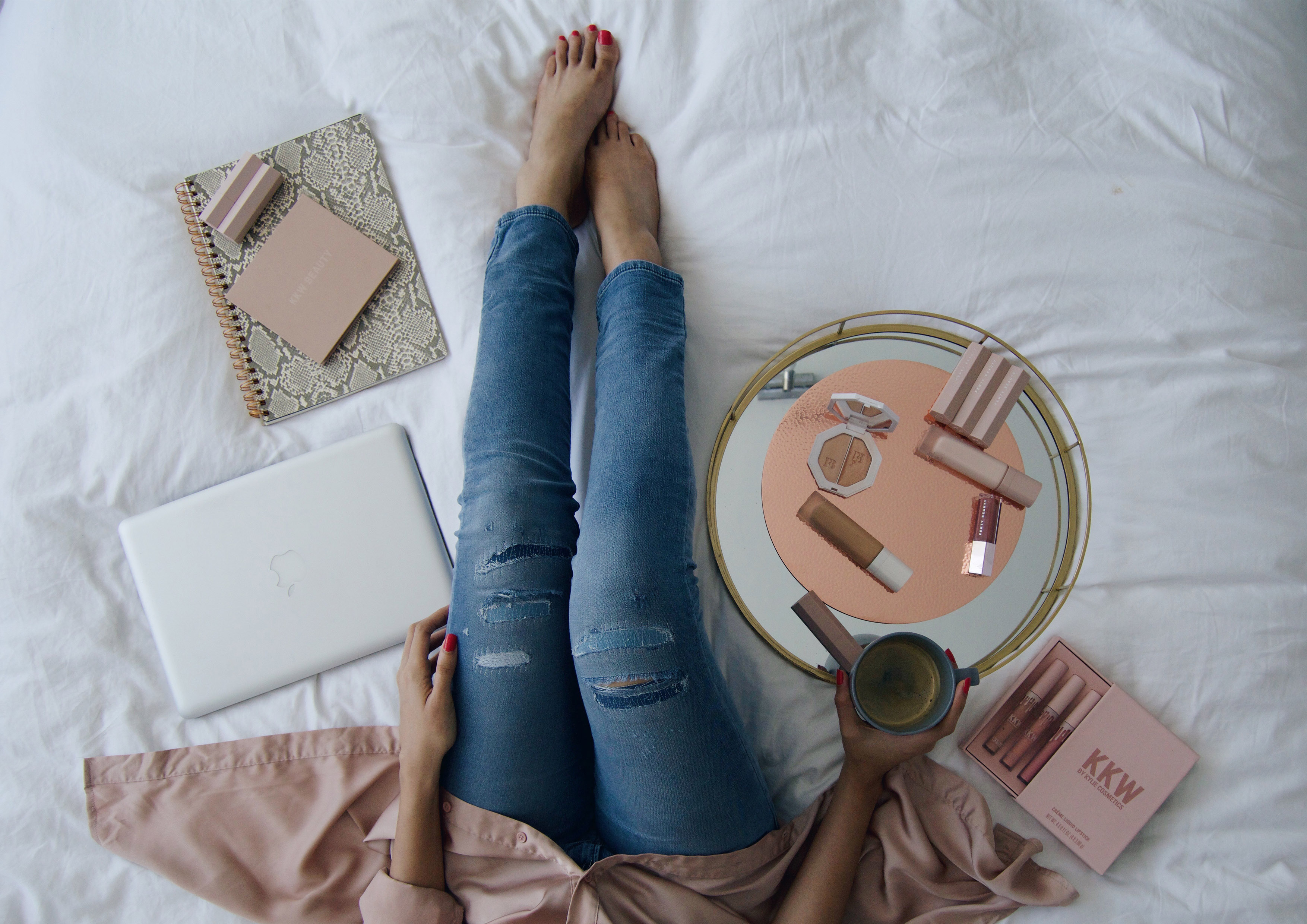 AT HOME WITH DIESEL JOGG JEANS | FASHION