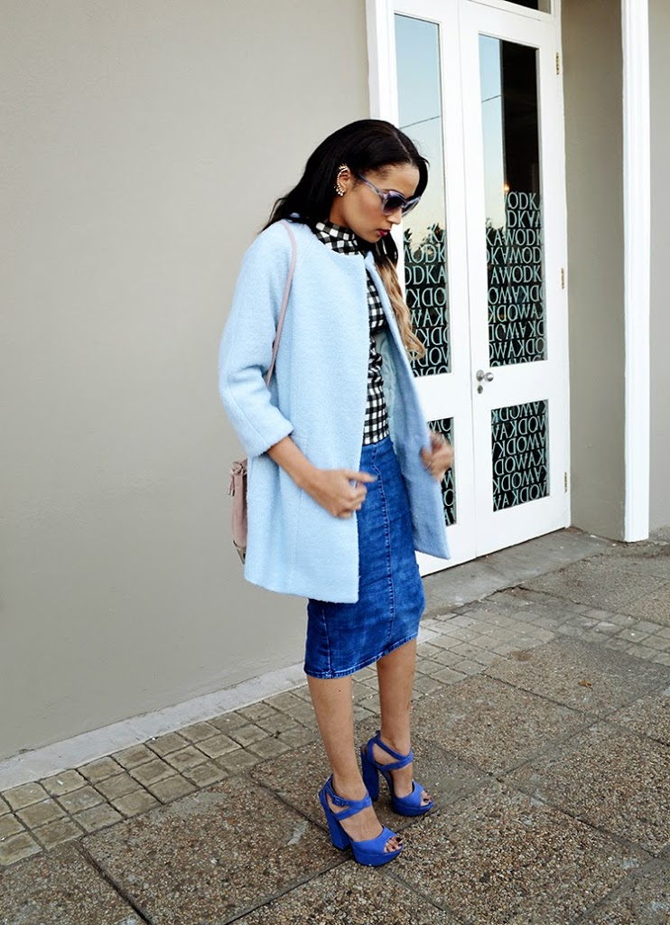 Denim, Gingham & the prettiest Blue Coat {OOTD}