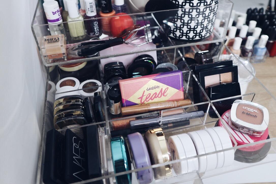 Beauty DECLUTTER: Blush, Highlighter, Bronzer & Powder | Beauty